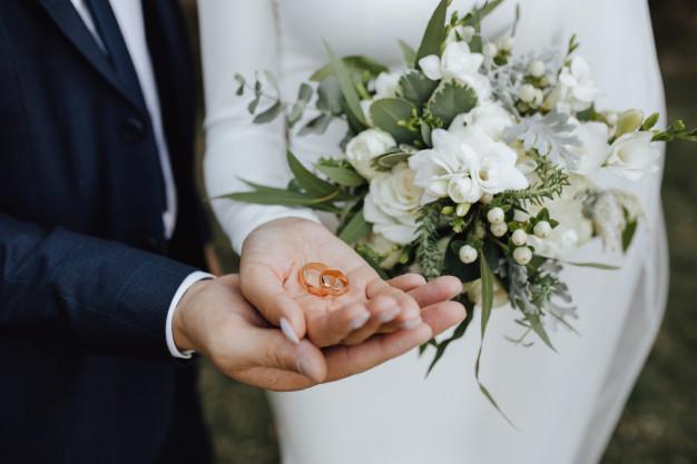unique wedding bands